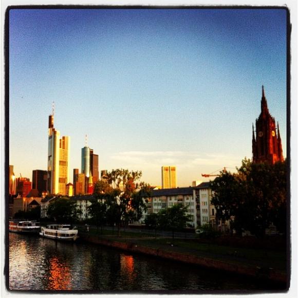 Frankfurt/Main, morgens kurz vor 6