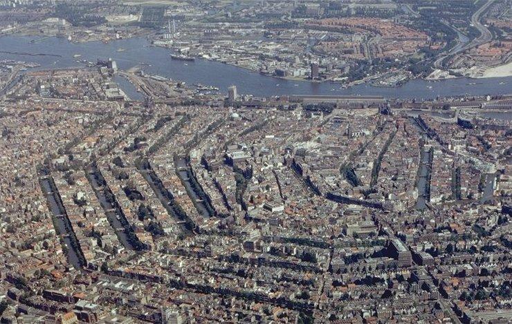 Amsterdam aus der Luft