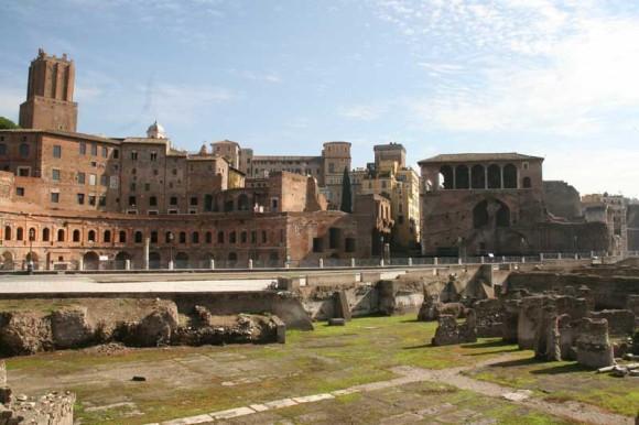 """Die Märkte am Forum des Kaisers Trajan - die antike Form der """"Mall"""""""