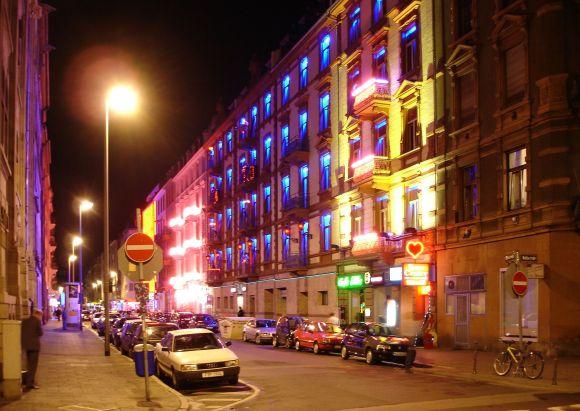Bahnhofsviertel bei Nacht