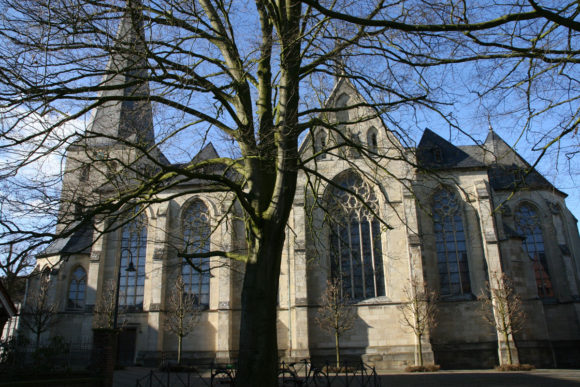 Die Kirche Sankt Pantaleon in Münster-Roxel: Annette von Drote vertrat hier den Organisten. Bild: Monika Gemmer